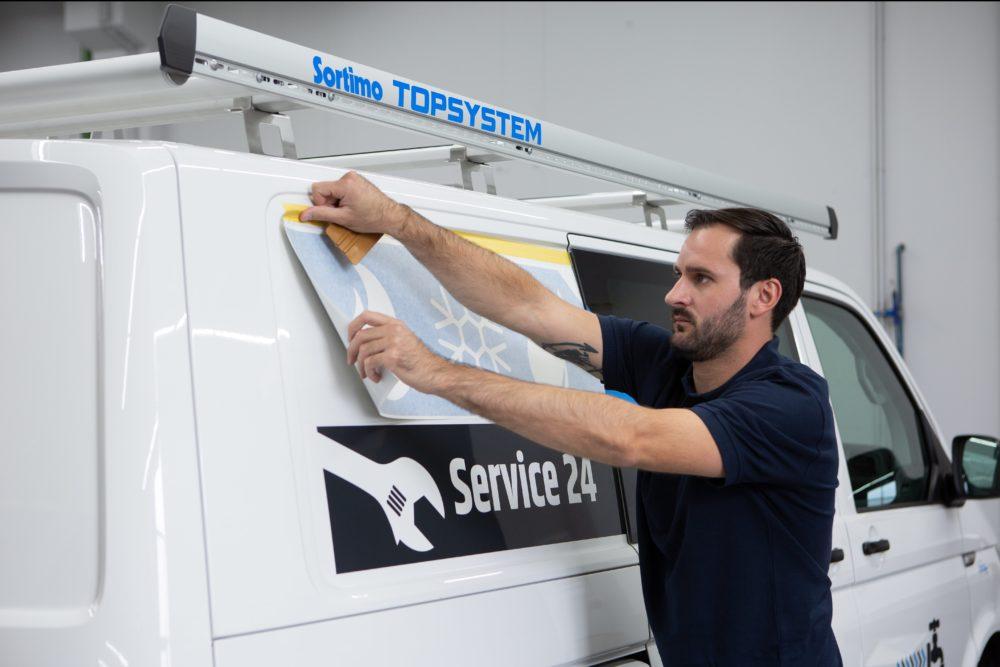 levertijd-bestelwagens-belettering