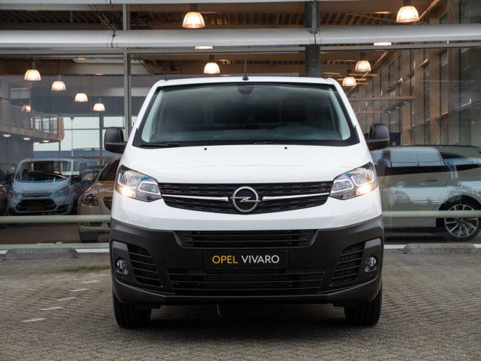 Opel vivaro leasen voorkant