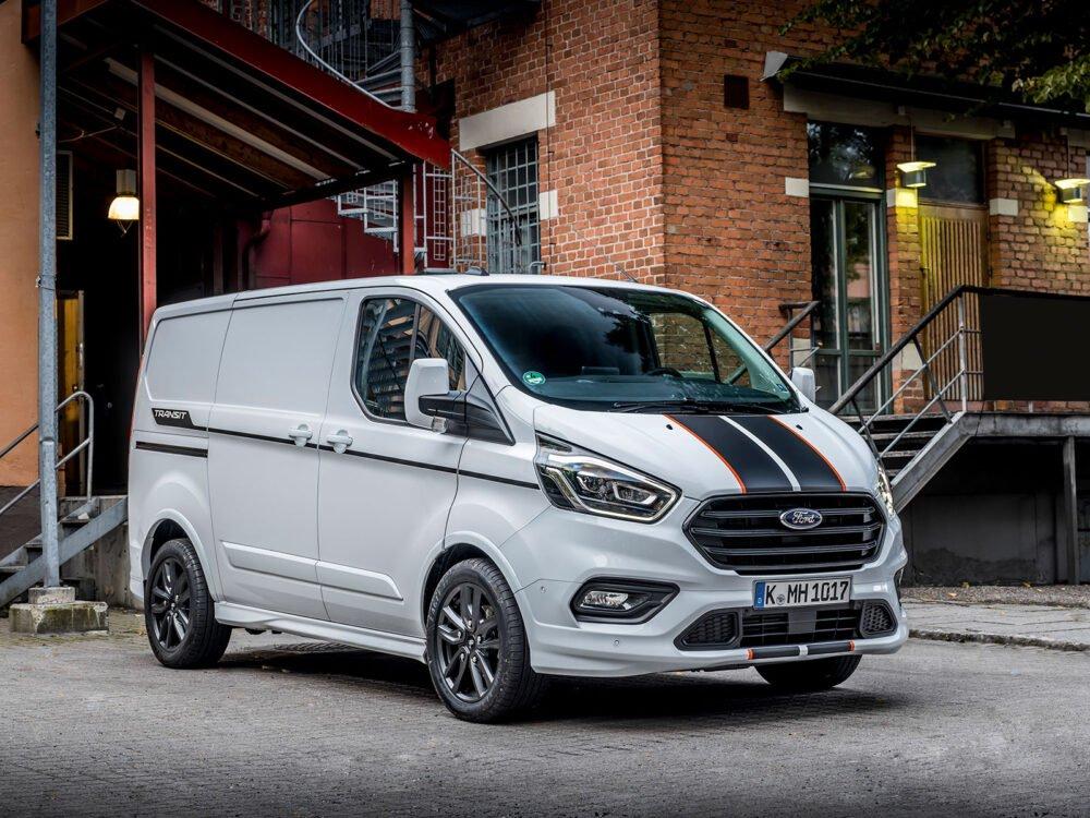 ford custom lease