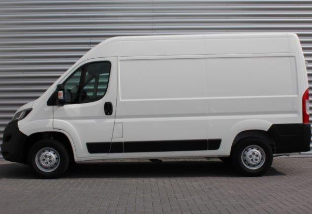 Peugeot Boxer L2H2 financial lease